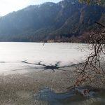 Thumsee – mit aufgeschmolzener Schneedecke