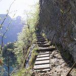 Steinstufen um den Obersee beim Königssee herum