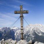Gipfelkreuz auf der Jennerspitze (ohne Menschen)