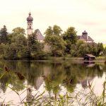 Blick auf das Kloster am Höglwörthersee