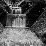 kleiner Wasserfall am Höglwörthersee