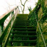 Treppe zur Ruine