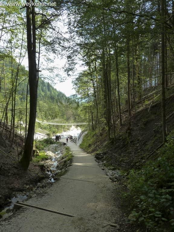 Hängebrücke über Ramsauer Ache